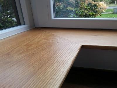 Угловой деревянный подоконник